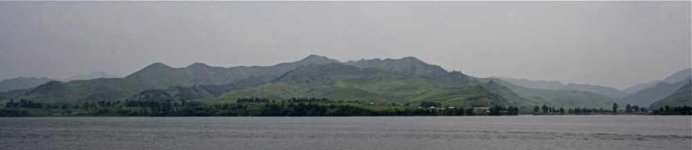 A view of North Korea from the Chinese border (photo credit Flickr user ming1967)
