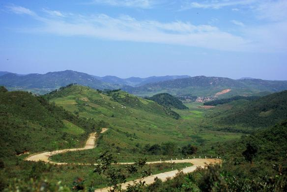 A photo from Sinwon county, South Hwanghae province, DPRK. Image credit Frühtau via Flickr.